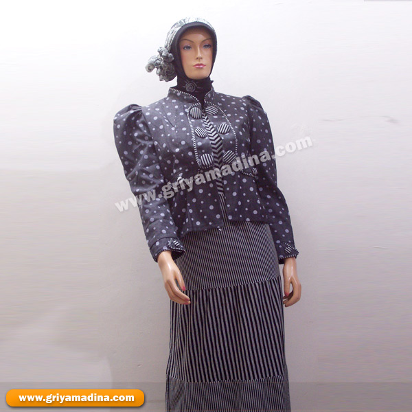 November 2010 Madina Griya Busana Muslim Busana