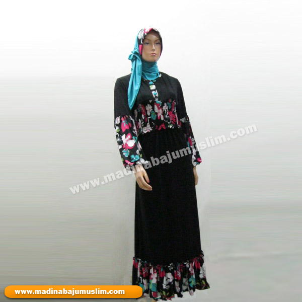 Model Gaun Kombinasi Warna Hitam Putih