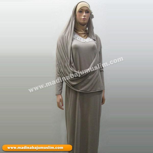 Gaun Muslim Pesta Broklat